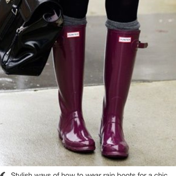 Hunter Shoes | Iso Burgundy Red Or Green Boots