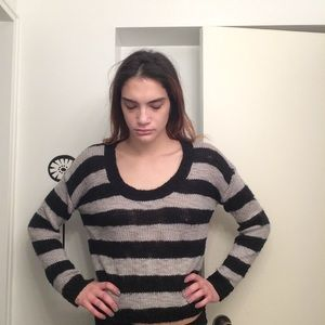 Cropped square striped crew neck sweater