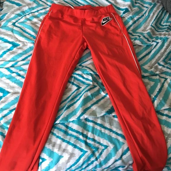 Red Nike Sweatpants. M 565c817f291a354d160014ab 4dde9dc2a