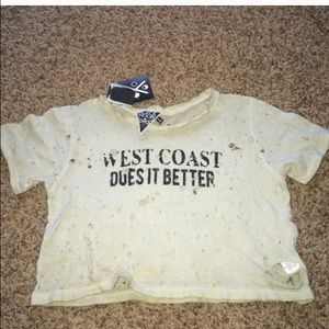 Urban Outfitters Tops - West coast does it better crop top.