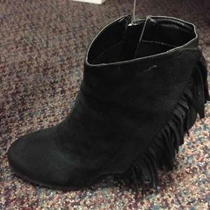 Black Suede like Ankle boots size 6