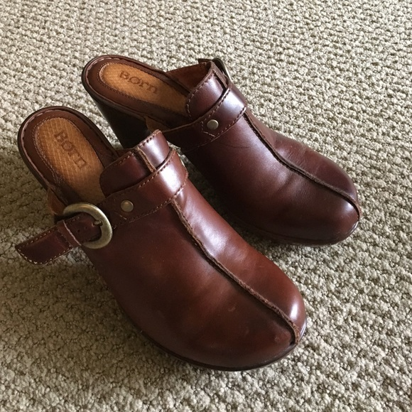 Born Clogsmules Size 8 Brown Leather