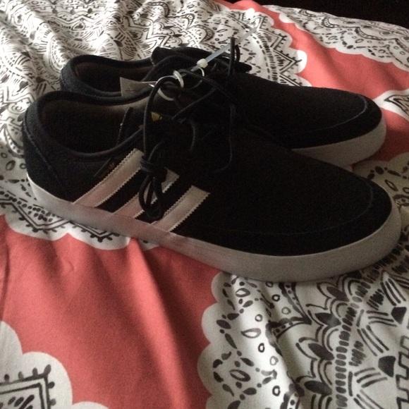 Adidas zapatos hombre  blanco y negro poshmark
