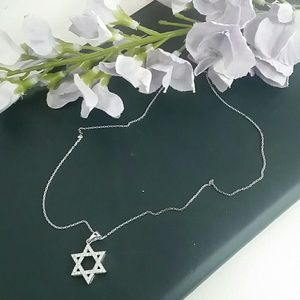 Jewelry - Star of David necklace
