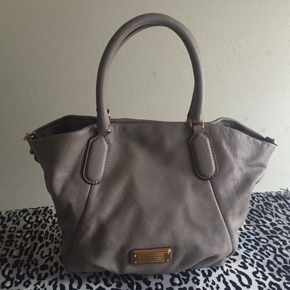 Marc by Marc Jacobs New Q Fran Cement Color