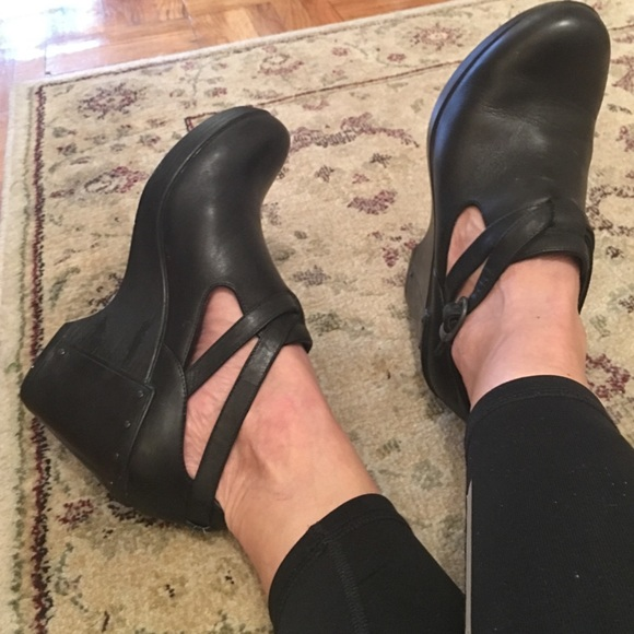 12770258b9 Dansko Shoes | Franka Shoe European Sz 39 | Poshmark