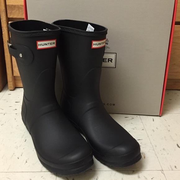 1e562a5e957 Hunter Short Rain Boots NWT