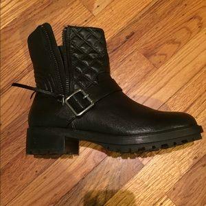 Steve Madden black moto boots