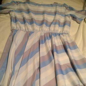 Vintage blouson dress from 1960's size 16.