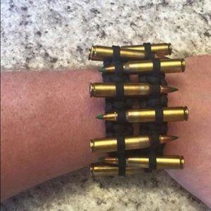 Accessories - Paracord bracelet