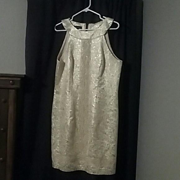 I.N.Studio Dresses - Gold shimmer party dress