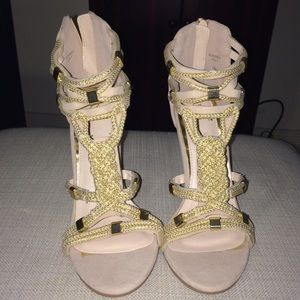 NEW Nude braided heels