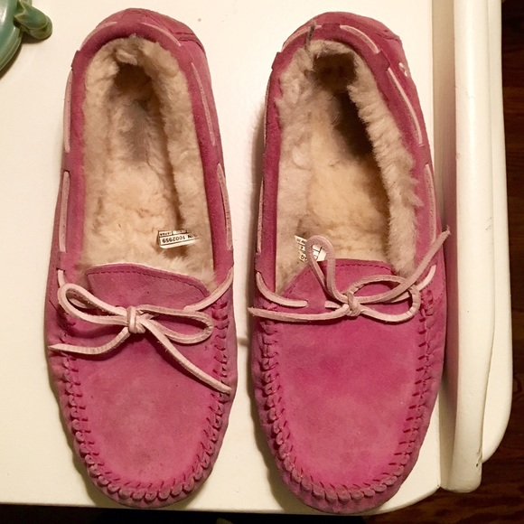 8279a0075ec Pink breast cancer UGG Dakota slipper