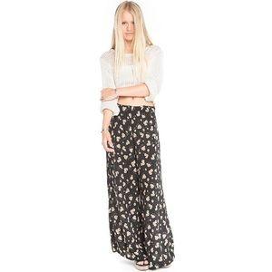 NWOT Brandy Melville Aarika pants