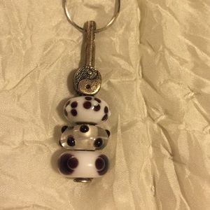 Jewelry - Yin and Yang Troll Bead Necklace!