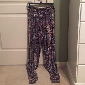Loose printed pants