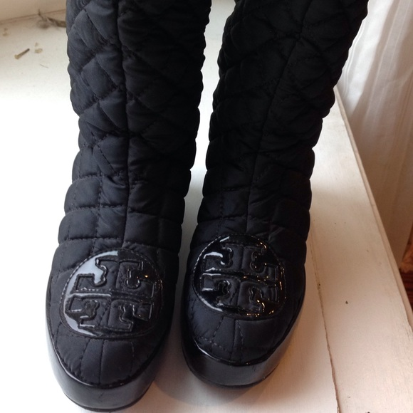 73% off Tory Burch Shoes - ****SOLD Tory burch snow boots**£ from ... : tory burch quilted boots - Adamdwight.com