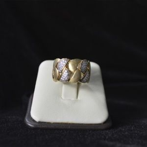 Jewelry - BRUSHED S SHAPED SILVER RING