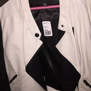 Forever21 faux leather jacket 3x