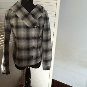 Old navy BDG jacket size s gray/black plaid