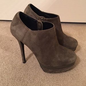 5 1/2 inch grey ankle suede booties, sz 6.5