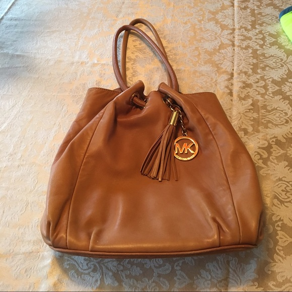 Michael Kors Bags   Reduced Lambskin Leather Bag Reduced   Poshmark c7cc01abba