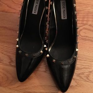 steve madden gold spike heels on Poshmark