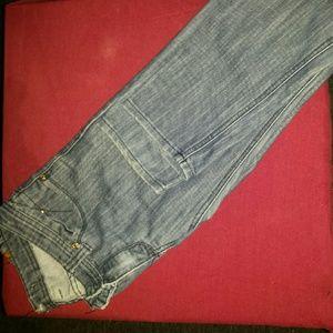 Repair Jean's