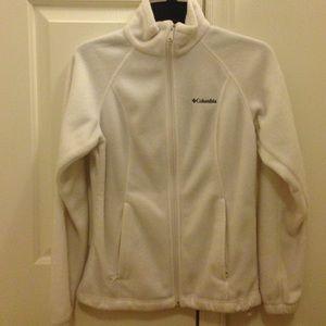White fleece Columbia jacket ❤️