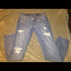 American eagle distressed skinnys jeans