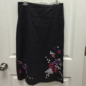 Black embroidered skirt size 8