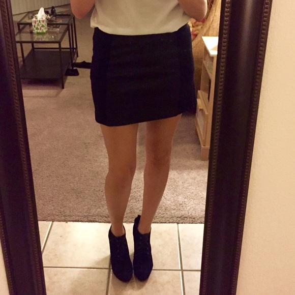 fe44c5c40 Express Dresses & Skirts - EXPRESS black mini skirt 😍😘