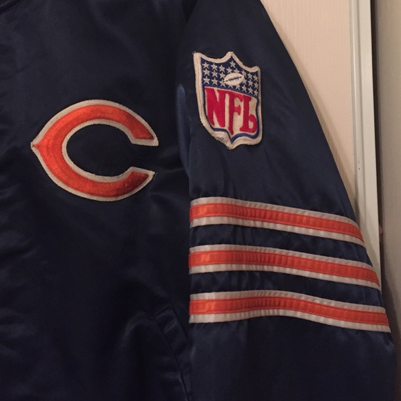 873fb73babc Vintage Chicago Bears NFL Official Starter Jacket.  M 565e740c78b31c7262007290