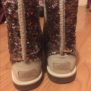 UGG Shoes - UGG Australia Classic Champagne Sparkle Boots Sz 6