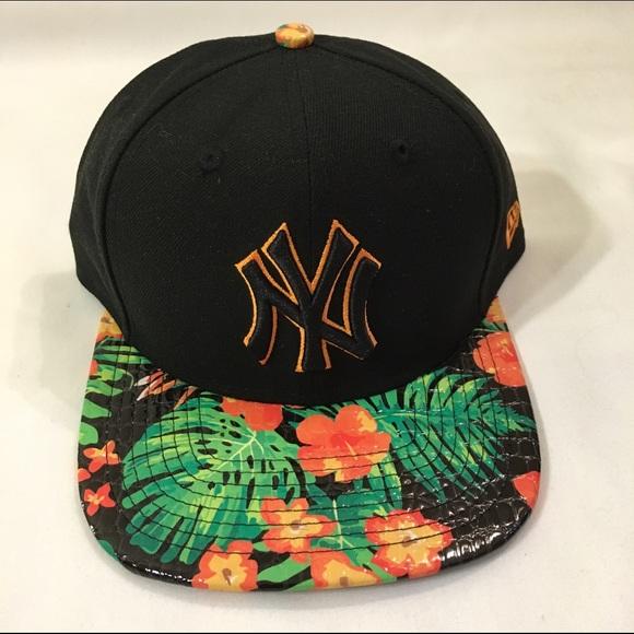 a117de08e0b19 NEW ERA CAP ORIGINAL NY YANKEES LK FLORAL OS
