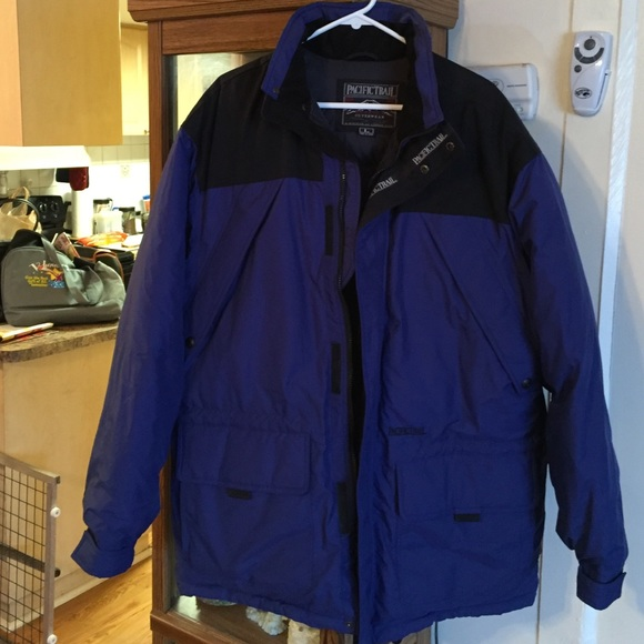 1bfe2291fc9 AWESOME PACIFIC TRAIL JACKET GREAT FOR COLD WEATHR.  M_565f5ecab5643e3dcf04f1a1
