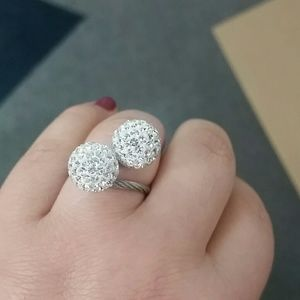 Jewelry - Adjustable ring