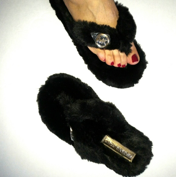 c10148a3eed MK black faux fur fuzzy thong slippers