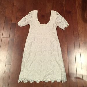 Lace dress M- urban outfitters lowered pricing!