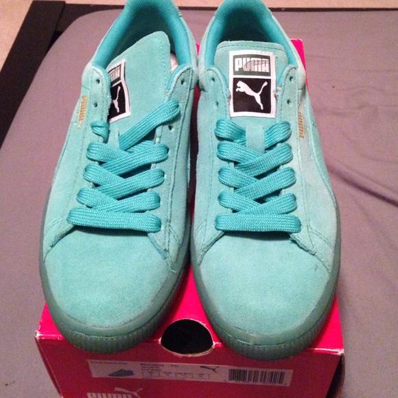 mint green puma shoes