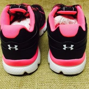 under armour sneakers for girls
