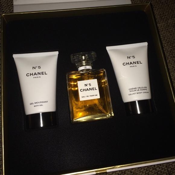 Coco Chanel Perfume Gift Set