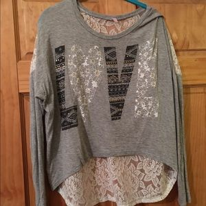 Long sleeve tee with lace back XL