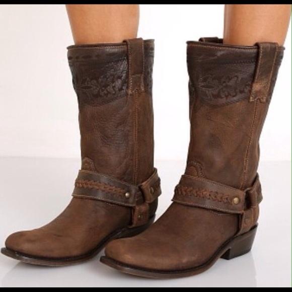 806368f81b9 Matisse Loco western boots.