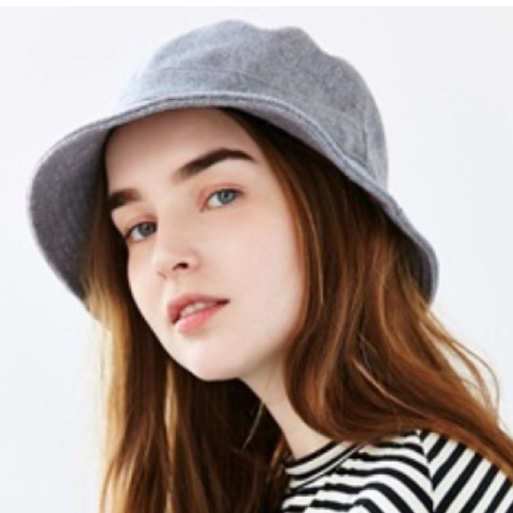 Late Pass Flannel Bucket Hat Charcoal. NWT. Urban Outfitters 47aab17dfd6