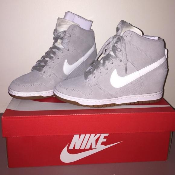 e07fd2e5358 Nike Women s Dunk Sky Hi 8 Pale Grey