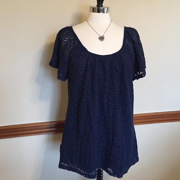 ROZ & ALI navy lace crochet swing top plus size