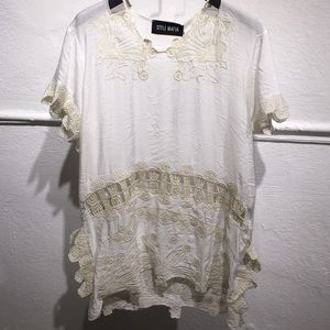 Campesino Top white with beige embroidered