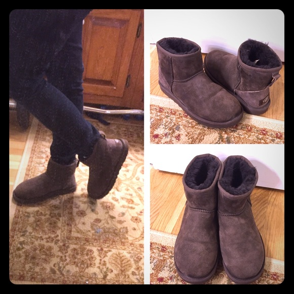 UGG classic mini short ankle suede brown boots