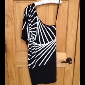 RARE BCBG one shoulder sexy dress